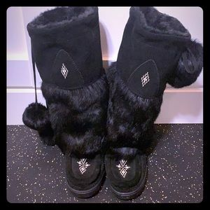 Genuine leather and rabbit fur moccasins